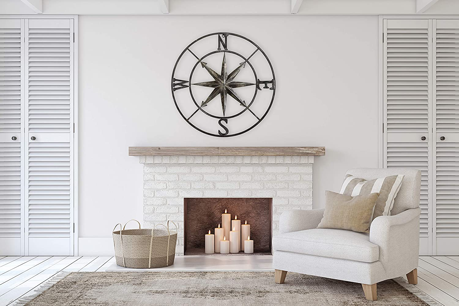 Decorative Round Metal Compass Wall Décor