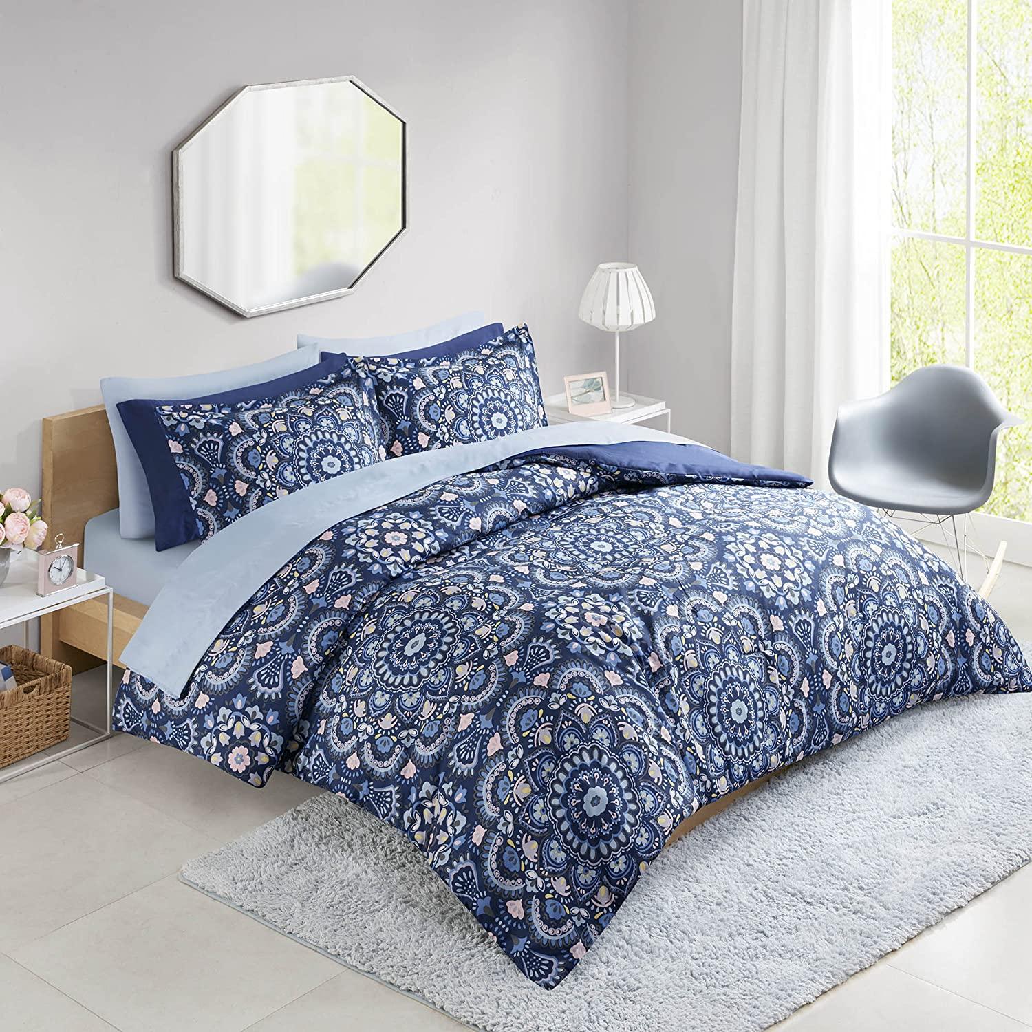 Comfort Spaces Cara 6 Piece Comforter Set All Season Microfiber Printed Medallion Bedding and Sheet with Two Side Pockets, Twin, Blue