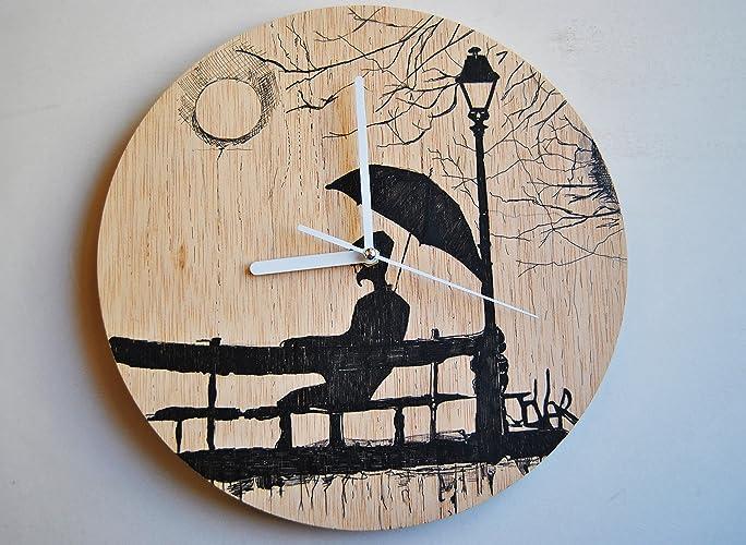 Reloj de pared de madera, Pintado a mano. 28 cm diámetro.