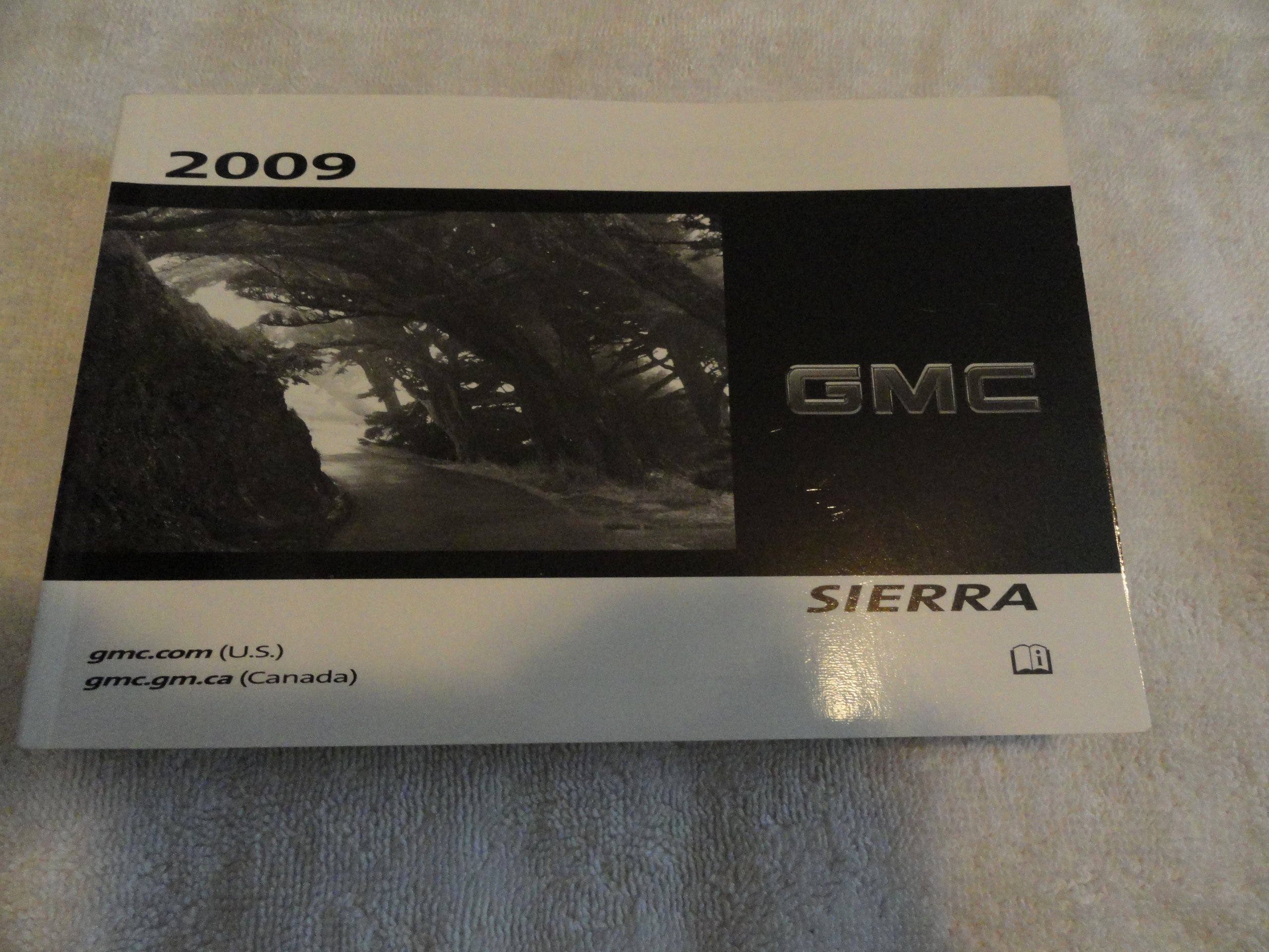 2009 gmc sierra owners manual gmc amazon com books rh amazon com 2009 gmc sierra 1500 owners manual 2009 gmc sierra 1500 owners manual