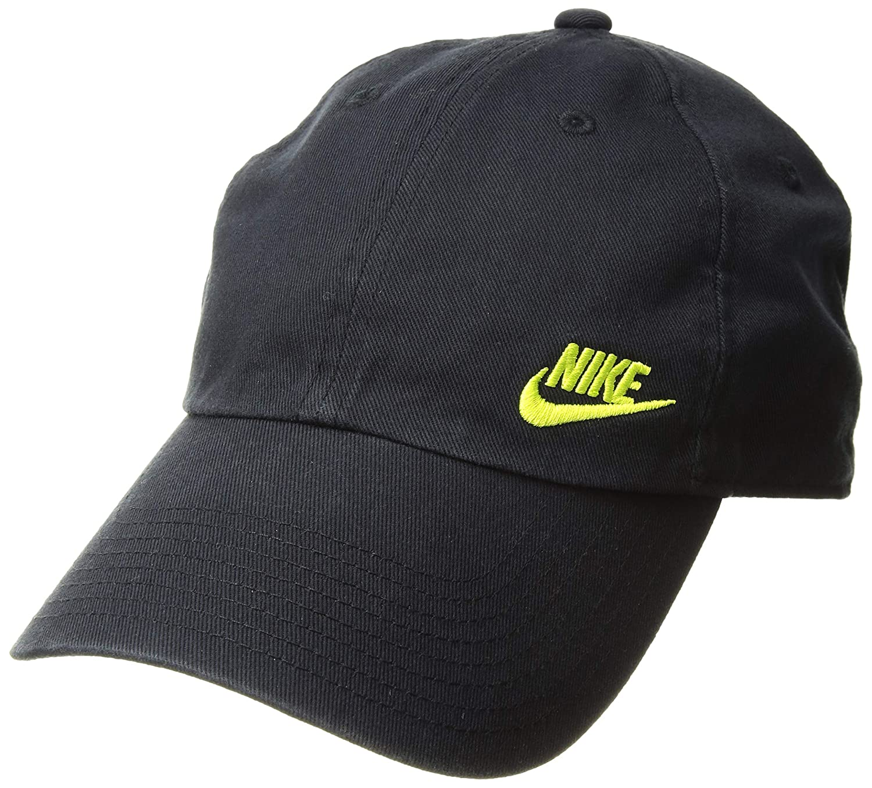 5478d329bc4 Amazon.com  NIKE Women s Nsw H86 Cap Futura Classic Hat