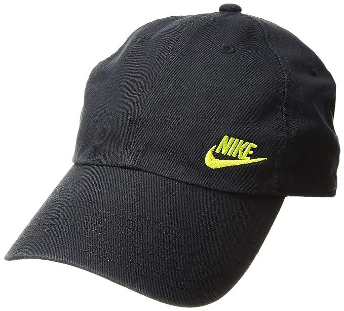 7a4fd17b2ca44 Amazon.com  NIKE Women s Nsw H86 Cap Futura Classic Hat