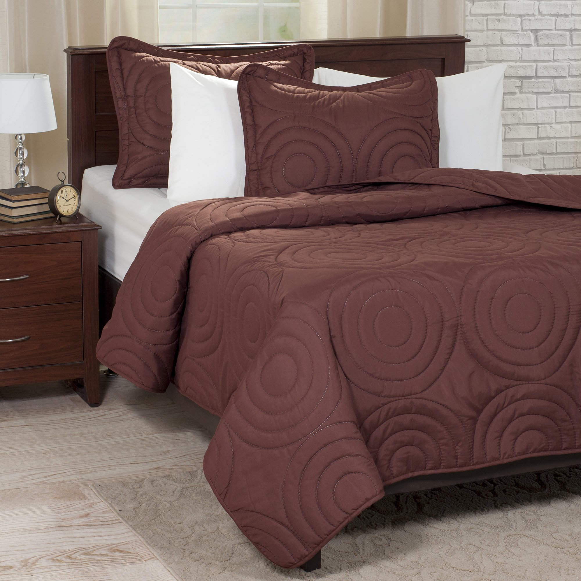 Lavish Home Solid Embossed 3 Piece Quilt Set - King - Chocolate