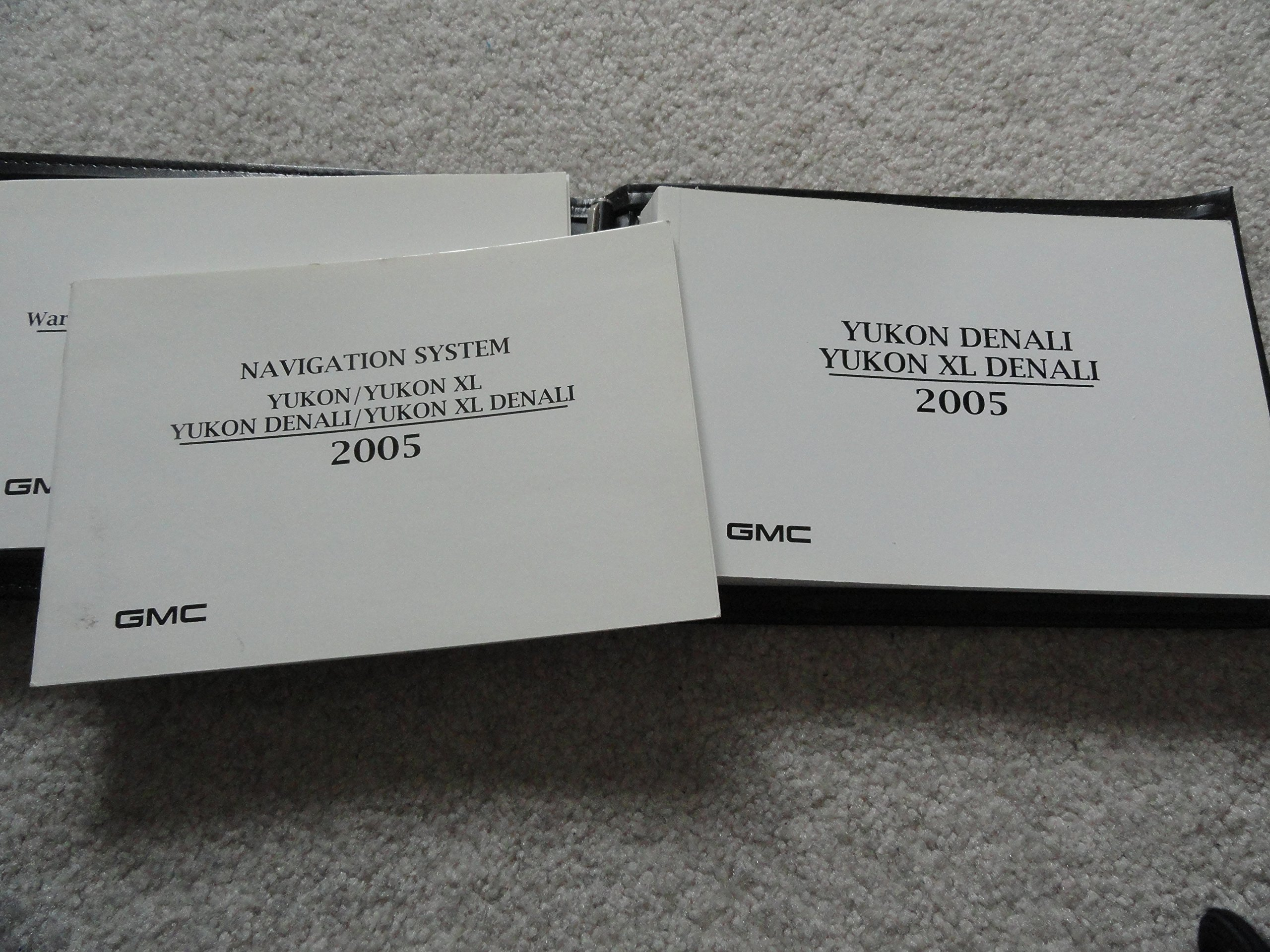 2005 gmc yukon owners manual gmc amazon com books rh amazon com 2005 gmc yukon owner's manual 2005 GMC Yukon XL