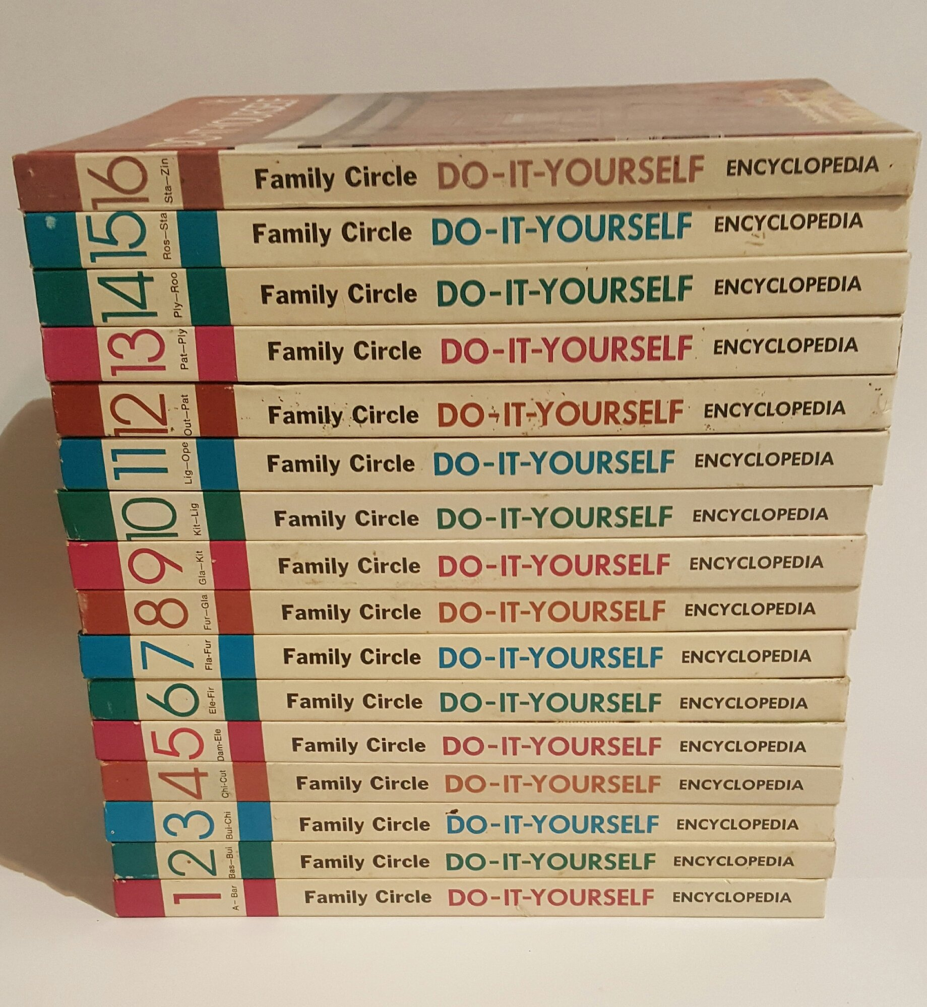 Family circle do it yourself encyclopedia 16 volume set harold family circle do it yourself encyclopedia 16 volume set harold j highland amazon books solutioingenieria Image collections