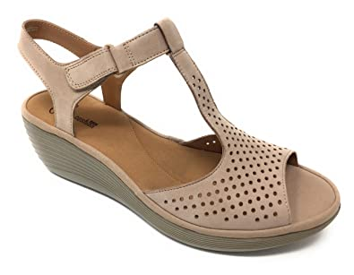1e77f1fd502 Clarks Women s Reedly Waylin Sand (9 B(M) US)  Amazon.in  Shoes ...