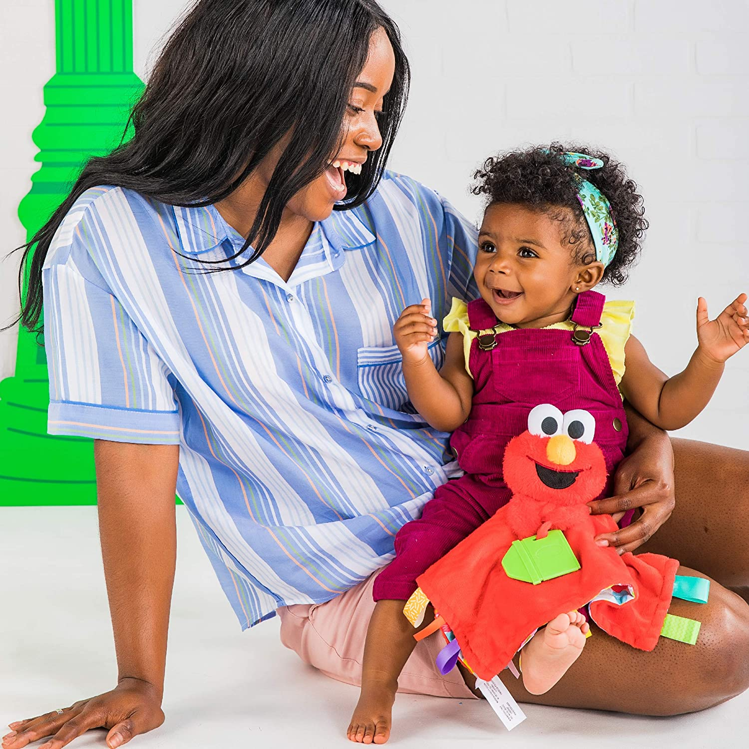 Bright Starts Sesame Street Snuggles with Elmo Baby's First Soothing Blanket, Ages 0-12 Months: Baby