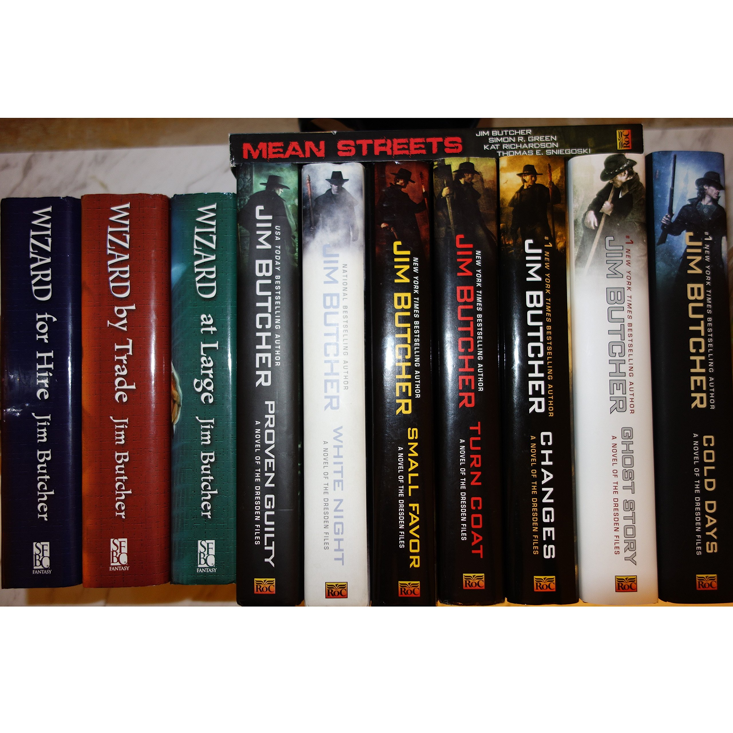 Dresden Files (wizard For Hire (3 In 1), Wizard By Trade (2 In 1), Wizard  At Large (2 In 1), Wizard Under Fire (2 In 1), Small Favor, Turn Coat,  Changes,
