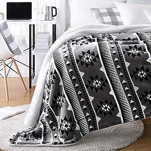 AmazonBasics Ultra-Soft Micromink Sherpa College Dorm Blanket - Throw, Grey Aztec Stripe