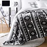 AmazonBasics Ultra-Soft Micromink Sherpa College Dorm Blanket - Twin, Grey Aztec Stripe