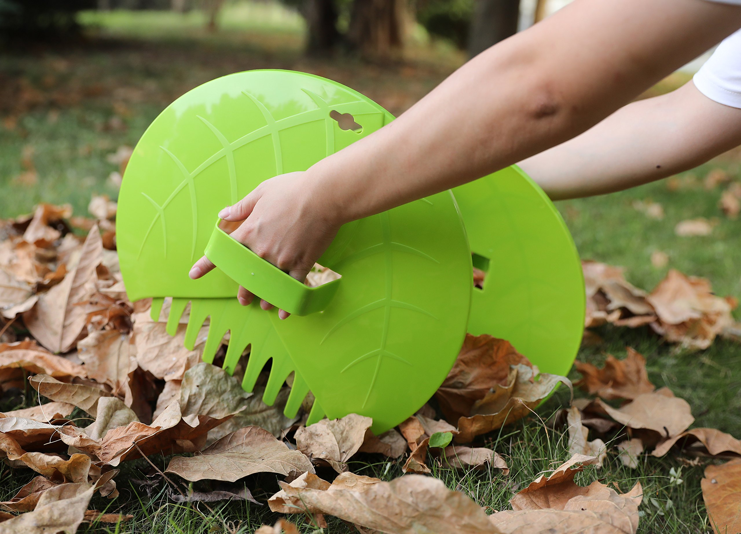 Pair of Leaf Scoops, Hand Rakes for Lawn and Garden Cleanup by Gardenised