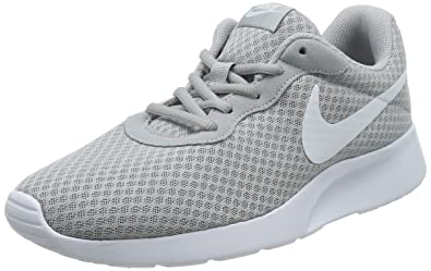 buy online 2454a 19153 Nike Tanjun, Baskets Homme, Gris (Wolf Grey White 010), 41