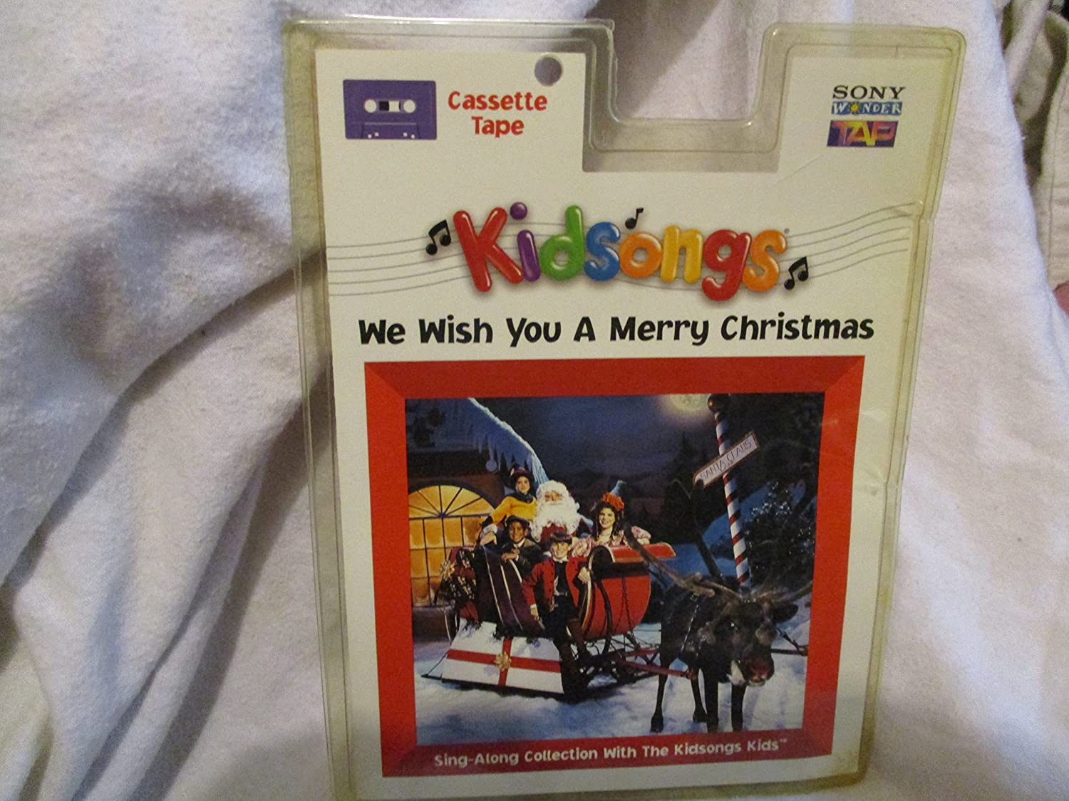 We Wish You a Merry Christmas [CASSETTE]: Amazon.co.uk: Music