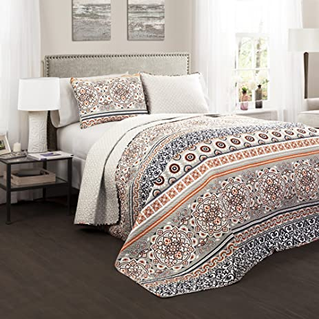 Amazon.com: Lush Decor 3 Piece Nesco Quilt Set, Full/Queen, Navy ... : coral quilt queen - Adamdwight.com