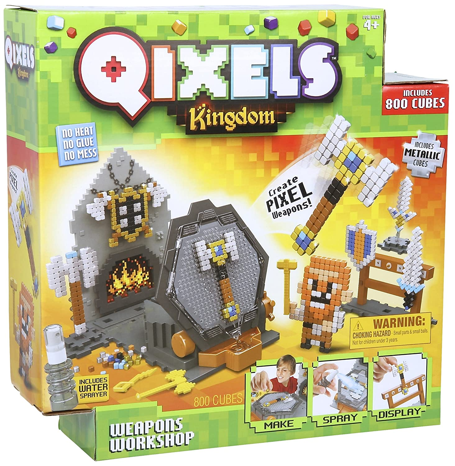 Qixels 87027 Kingdom Weapons Workshop Playset Character Options