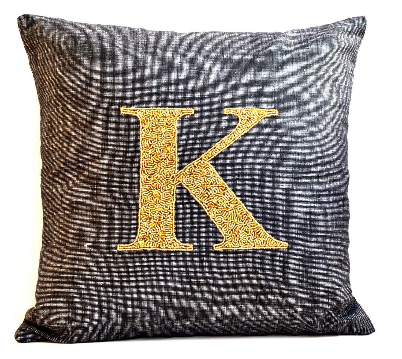 大人気 Amore Beauteグレーリネン枕カバー モノグラム枕ケース ゴールドスパンコールビーズクッションカバー 18 X 限定Special Price ゴールド monogram pillow linen B00EE8YKXC Premium grey