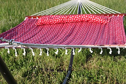 Amazon.com : Quilted Fabric Double Hammock with Pillow : Garden ...