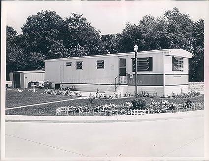 Amazon Com 1930s Mobile Home Herman Seid Light Yard White Picket