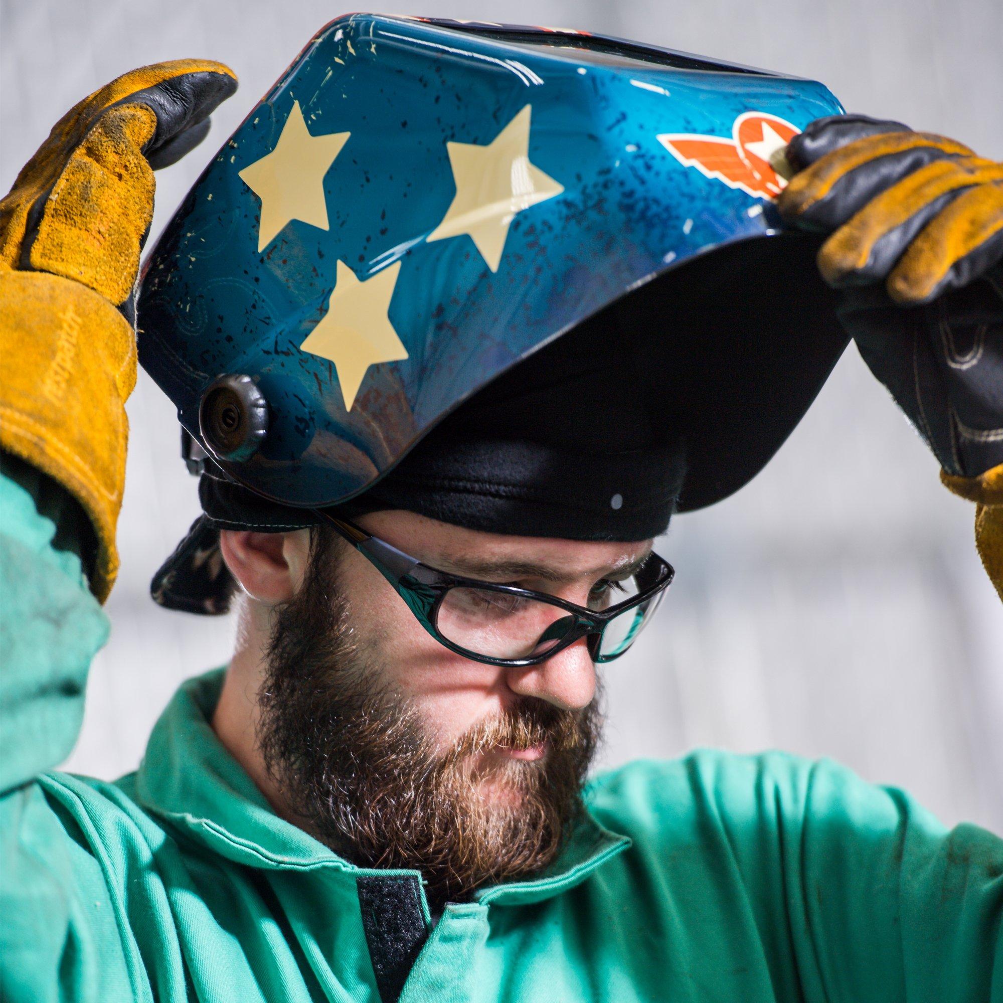Jackson Safety Insight Variable Auto Darkening Welding Helmet (46101), HLX, 370 Comfortable Headgear, Ultra-Light Shell, Stars & Scars, 1 Helmet by Jackson Safety (Image #6)