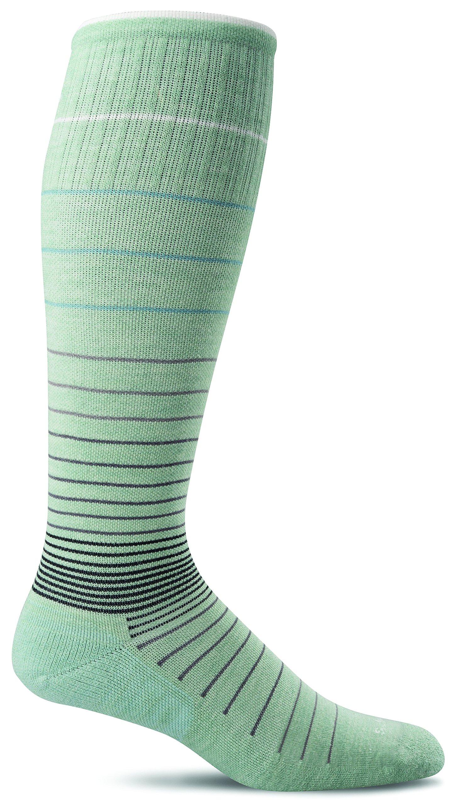 Sockwell Women's Circulator Graduated Compression Socks, Small/Medium (4-7.5), Celadon