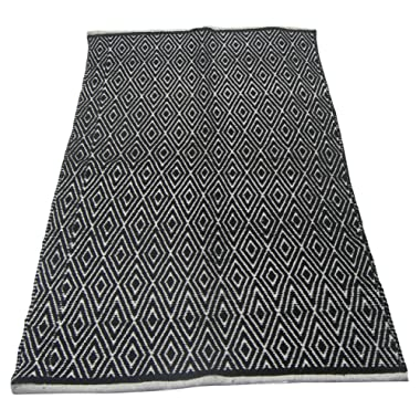 Chardin home 100% Cotton Diamond Area Rug Fully Reversible, Size - 3'x5', Machine Washable, Black/White