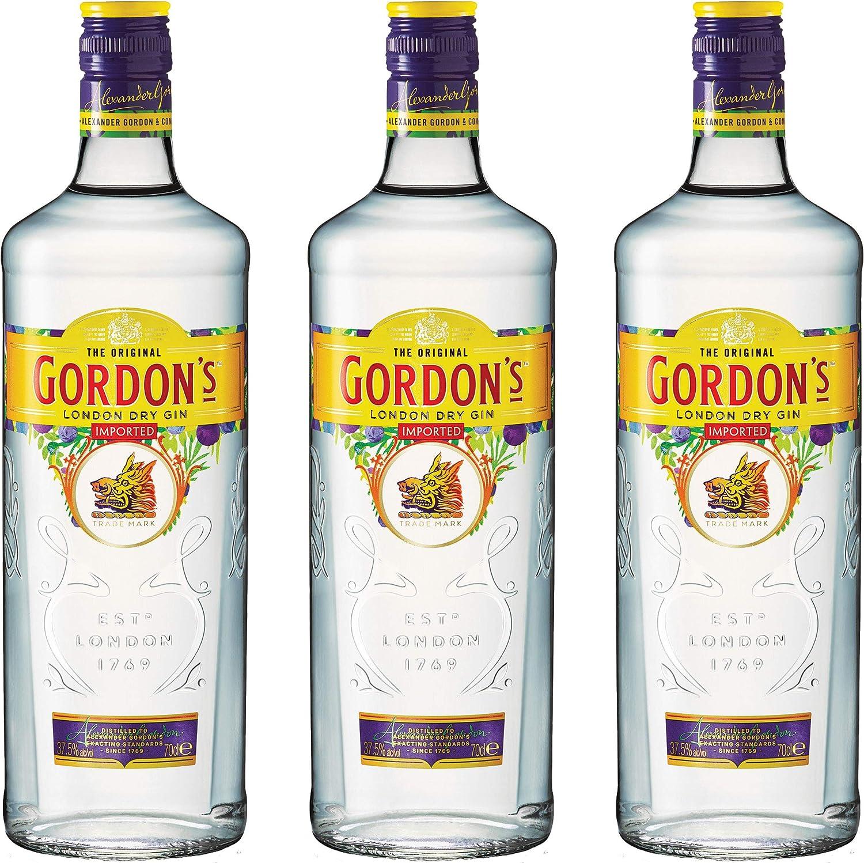Gordon S 721484 London Dry Gin Alcohol Pack Of 3 Alkaline Beverage Bottle 37 5 700 Ml Amazon Co Uk Kitchen Home