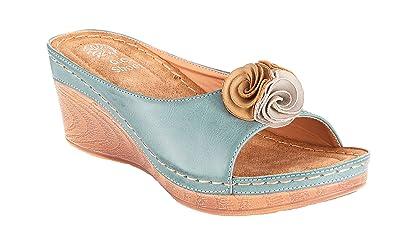 16124a8d275 Gc Shoes Women s Sydney Slide Wedge Sandals (6 B(M) US