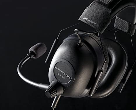Amazon.com: Plantronics Gaming Tournament Headset for PC (GAMECOM COMMANDER): Computers & Accessories