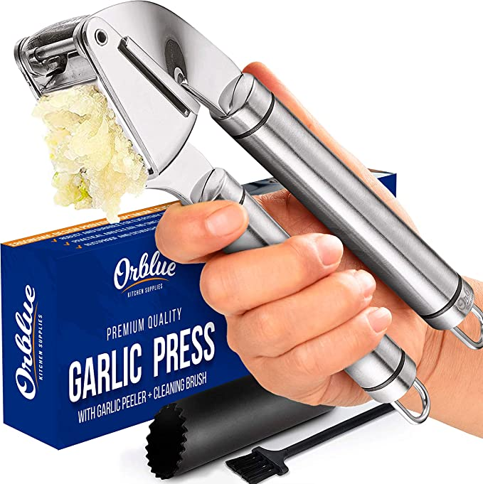 Dishwasher Safe 2 in 1 Garlic Mincer and Garlic Slicer with Silicone Garlic Peeler Tube and Cleaning Brush Rust Proof Garlic Crusher Easy to Squeeze /& Clean SLKIJDHFB Garlic Press