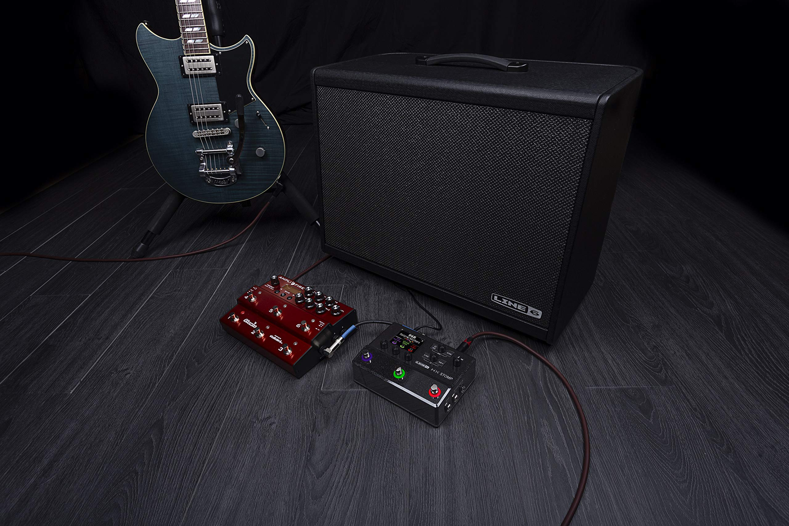 Line 6 Electric Guitar Multi Effect, Black (HX Stomp) by Line 6 (Image #7)