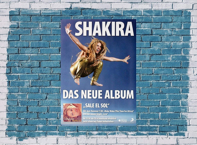 Amazon Com Shakira Waka Waka 2010 Poster Concertposter Concert Prints Kitchen Dining