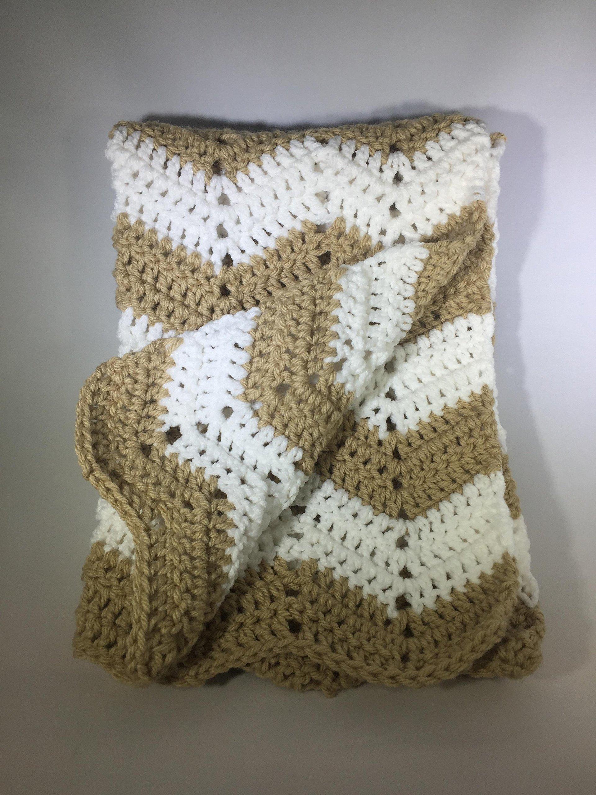 Chevron Baby Blanket - White/Tan