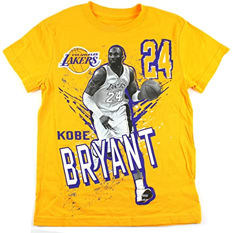 Outerstuff Kobe Bryant Los Angeles Lakers  24 NBA Youth Photo T-Shirt Gold ( 5ce98a888