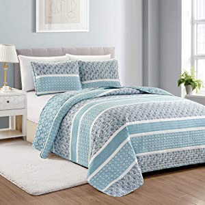 Great Bay Home Reversible Paisley Striped Bedspread. King Size Quilt with 2 Shams. 3-Piece Reversible All Season Quilt Set. Sky Blue Quilt Coverlet Bed Set. Kadi Collection.
