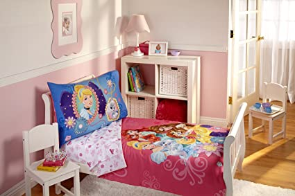 Disney Princess 4 Piece Toddler Bedding Set, Palace Pets
