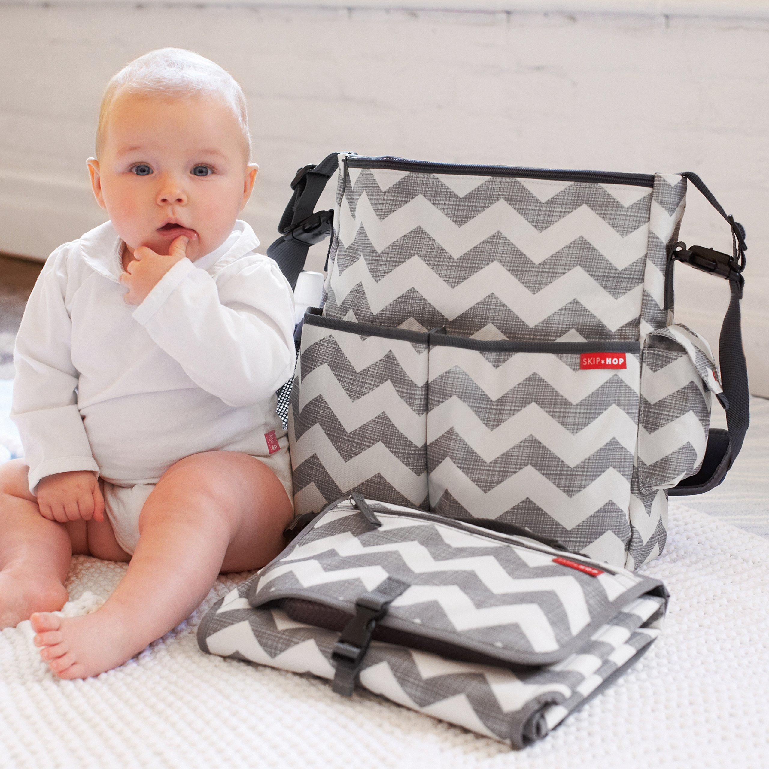 Skip Hop Baby Pronto Portable Changing Station with Cushioned Changing Mat and Wipes Case, 3 Pockets, Chevron by Skip Hop
