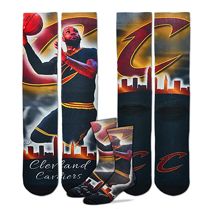 cda8f3fd2c5f Image Unavailable. Image not available for. Color  Cleveland Cavaliers NBA  City Star Socks 1 Pair Men s ...