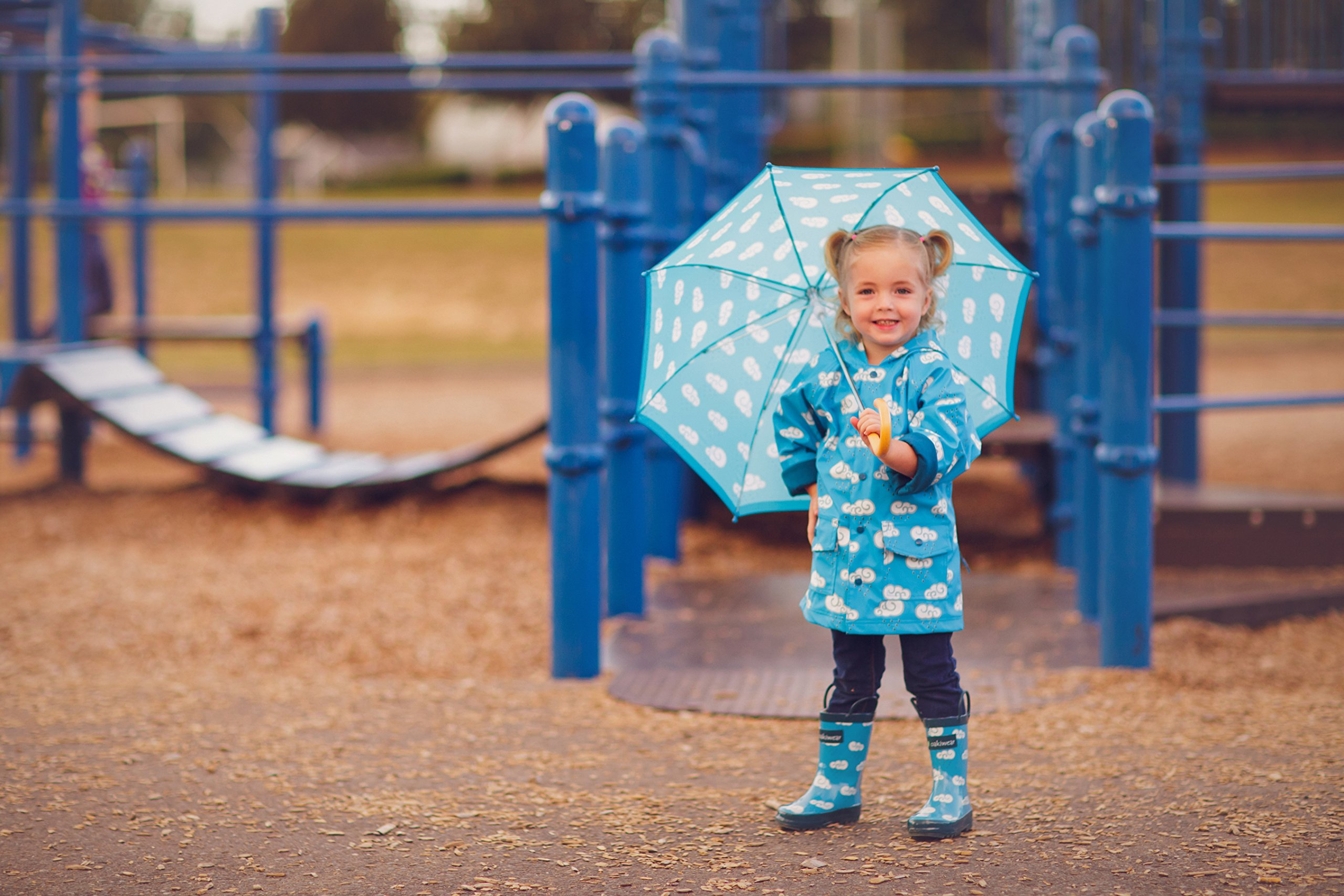 Oakiwear Kids Rubber Rain Boots with Easy-On Handles, Clouds, 9T US Toddler by Oakiwear (Image #7)