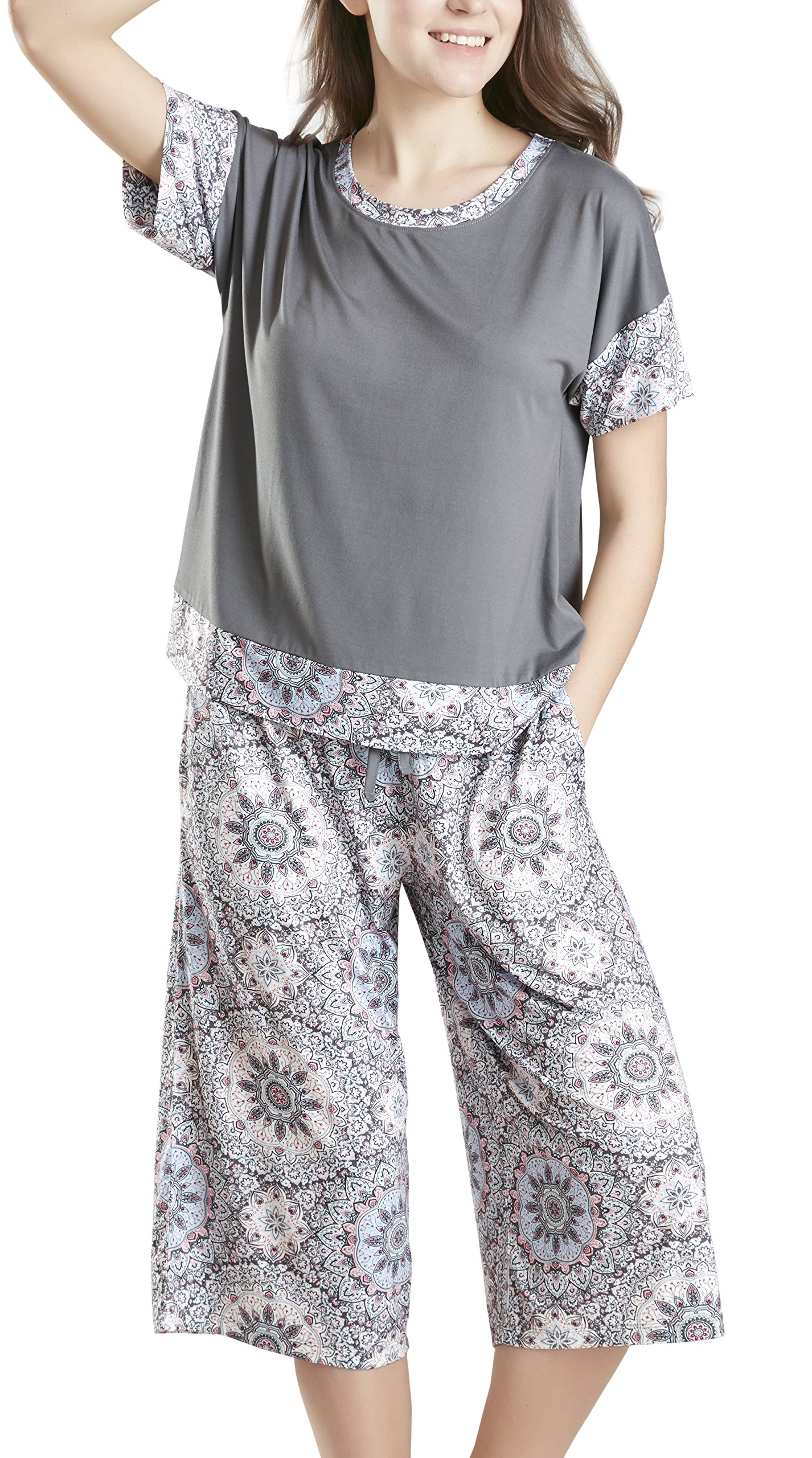 Summer Pajamas for Women, Stylish Print Ladies Pajama Set - Day Dream Oversized Shirt and Capri Lounge Pants XX Large