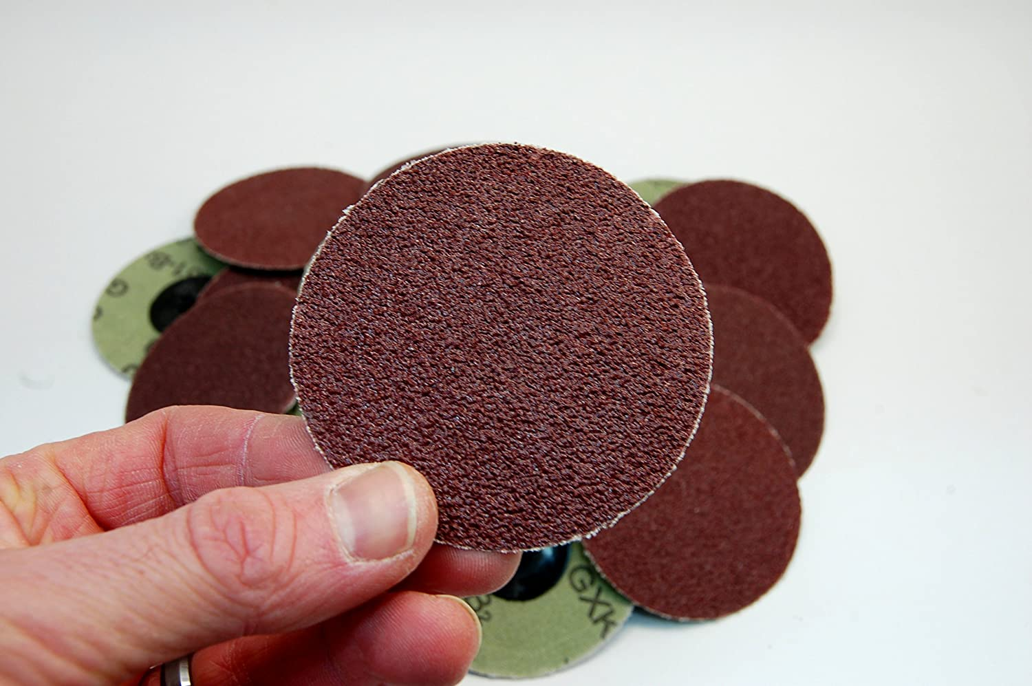 120 Grit 25pc Type - R Rogue River Tools 3 Quick-Change Sanding Discs