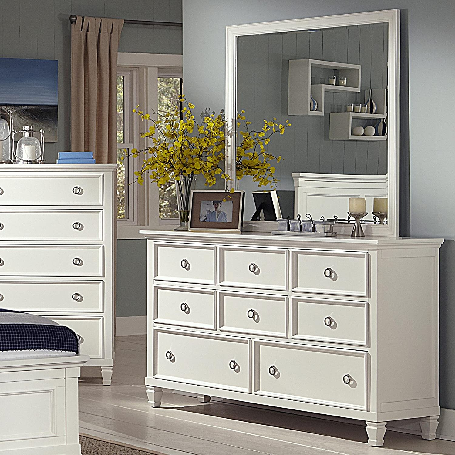 Amazon.com: New Classic Tamarack Bedroom Set With Full Bed, Nightstand,  Dresser And Mirror: Kitchen U0026 Dining