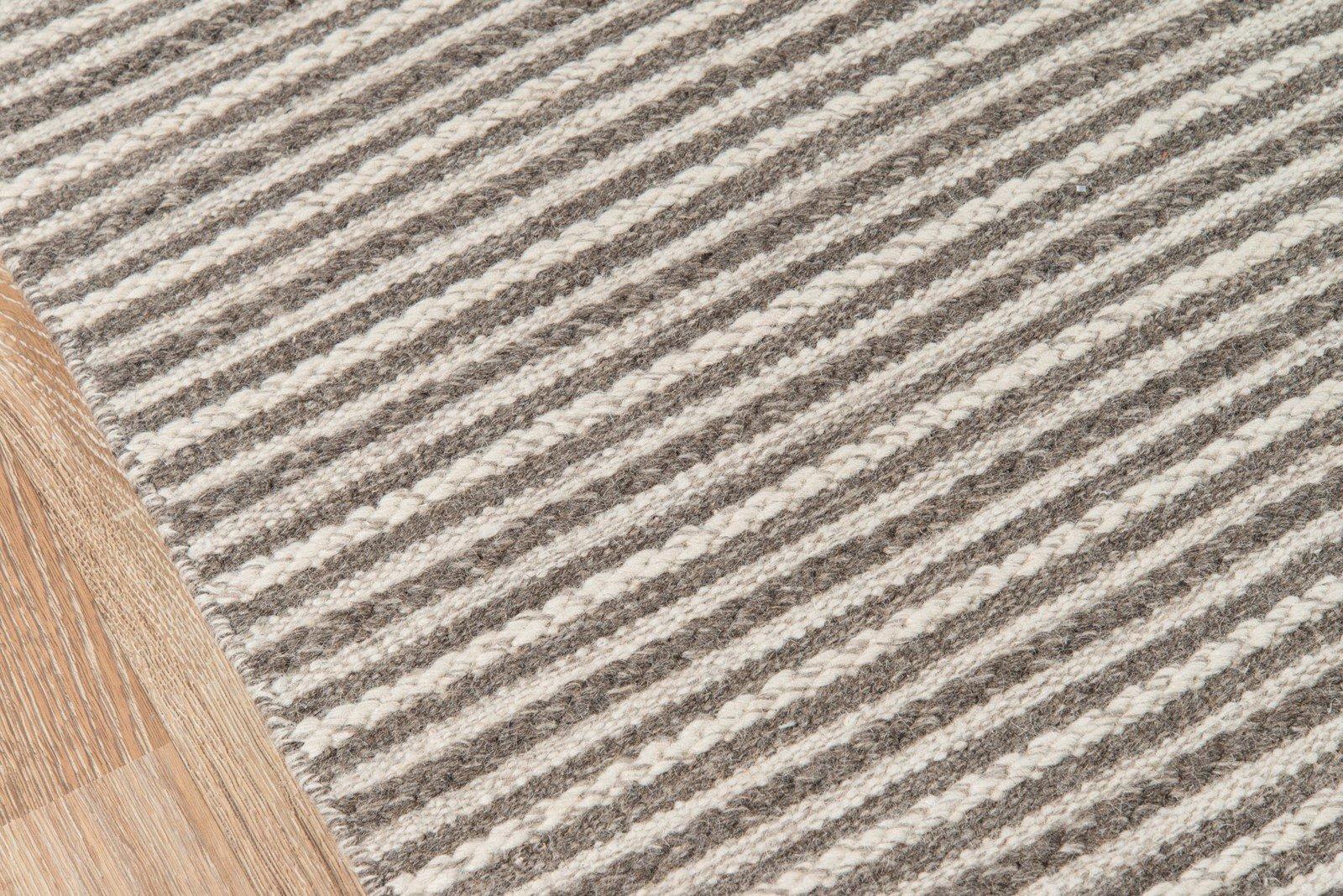 Momeni Rugs MESA0MES-3NAT5080 Mesa Collection, 100% Wool Hand Woven Flatweave Transitional Area Rug, 5' x 8', Natural Brown by Momeni Rugs (Image #3)