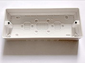 MK - Caja de 3 interruptores (30 mm), color blanco: Amazon.es ...