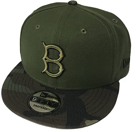 Amazon.com  New Era 100% Authentic Brooklyn Dodgers Memorial Day Salute To  Service 9Fifty SnapBack Hat Cap One Size  Sports   Outdoors 673d3db9a3c