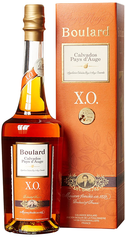 Calvados Boulard Calvados Pays d'Auge XO mit Geschenkverpackung (1 x 0.7 l)