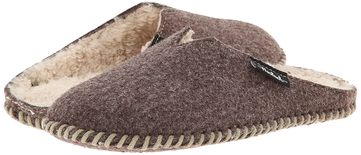 2db11e983 Amazon.com | Woolrich Women's Felt Mill Scuff-W Mule | Slippers