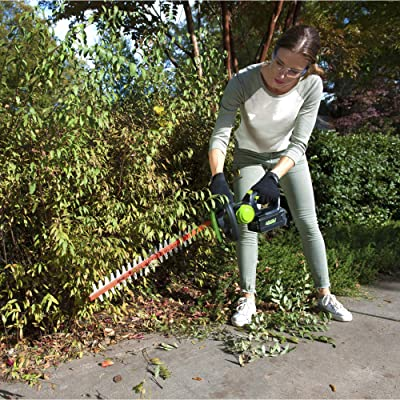 Greenworks 24-Inch 40V Cordless Hedge Trimmer, 3Ah Battery, HT-240