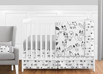 Amazon.com : Grey, Black and White Fox and Arrow Baby Boys ...
