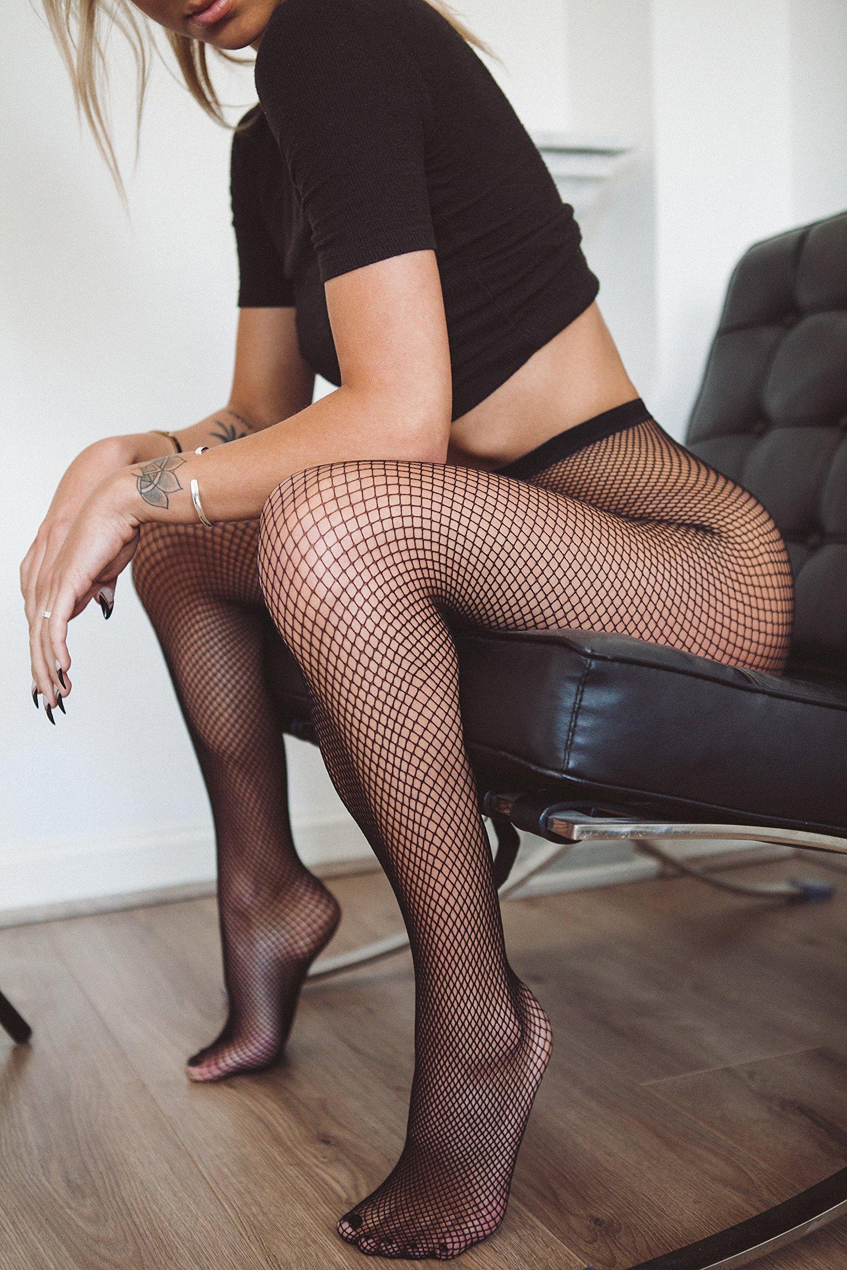 shopping-pantyhose-nylon-stockings-making-love-sensual-naked