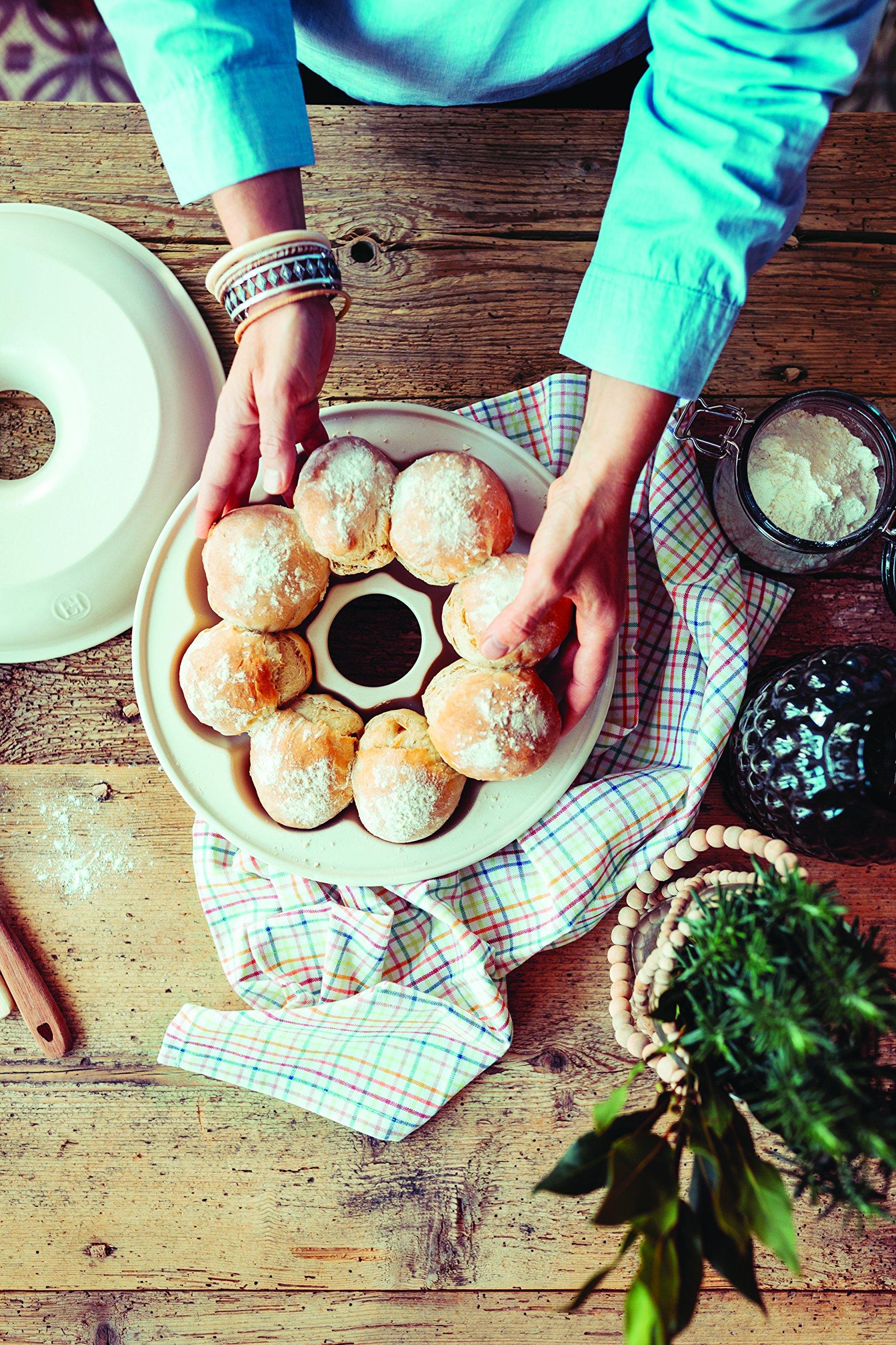 Emile Henry 505505 Crown, Linen Bread Baker, 11.2'',